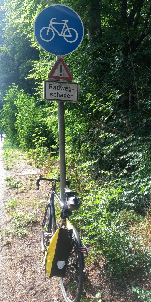 #köln #radweg #infrastruktur #cgn #radwegschäden