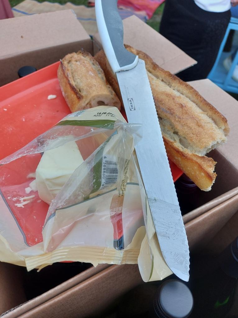 Radkomm Büze Ehrenfeld Aufbruchfahrrad Räder Dank Netzwerke Good Food Brot und Käse
