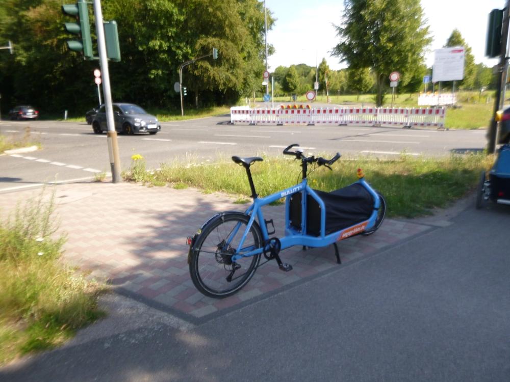 #Belvedere Straße Sperrung Barke #Köln #Bullitt #Bluemoon.jpg