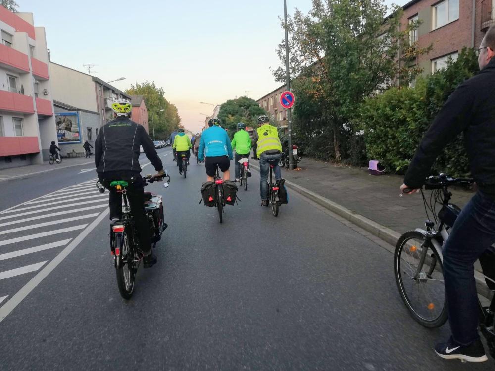 Critical mass Düren, radfahren, #reclaimthestreets, #regainthestreets, #wearetraffic, wir stören nicht den Verkehr, wir sind der Verkehr,