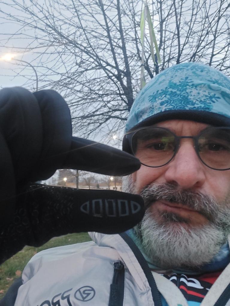 #kaelte #klamotten #winter #youtube #socken #schlauchtuch #eis #handschuhe #handschuhwetter