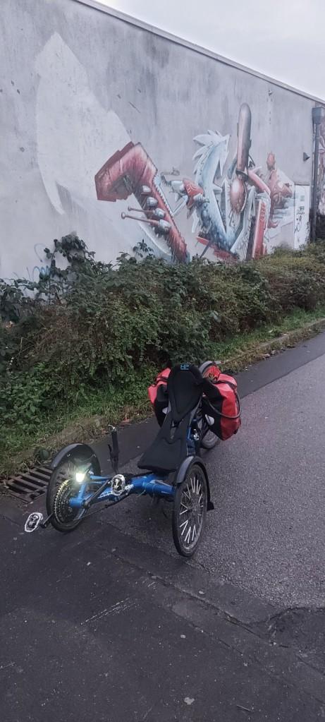 #BlauerSkorpion , #Horrem, #Türnich, #Hürth, #Hermühlheim, #Efferen, #Frechen, #Habbelrath, #Bücher, #Buch, #Bücherschrank, #graffity, #graffiti, #graffito,