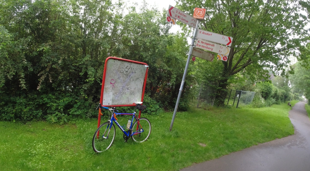 #nw1.08, #Bahntrassenradeln, #Alsdorf, #Mariadorf, #Natur, #Wald, Wegweisung, #Knotenpunkt, #Knotenpunktsystem,