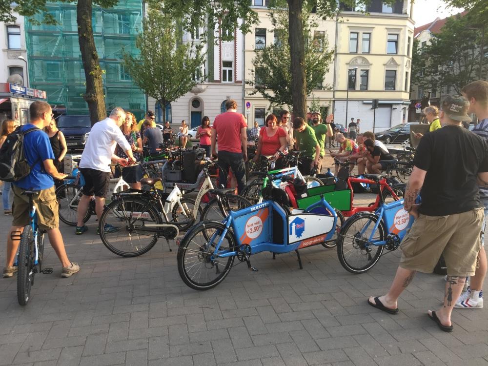 #Köln, #Lenauplatz, #Ehrenfeld, #shortsonwheels, #Freunde, #Gruppe, #geilerfahrradscheiss,
